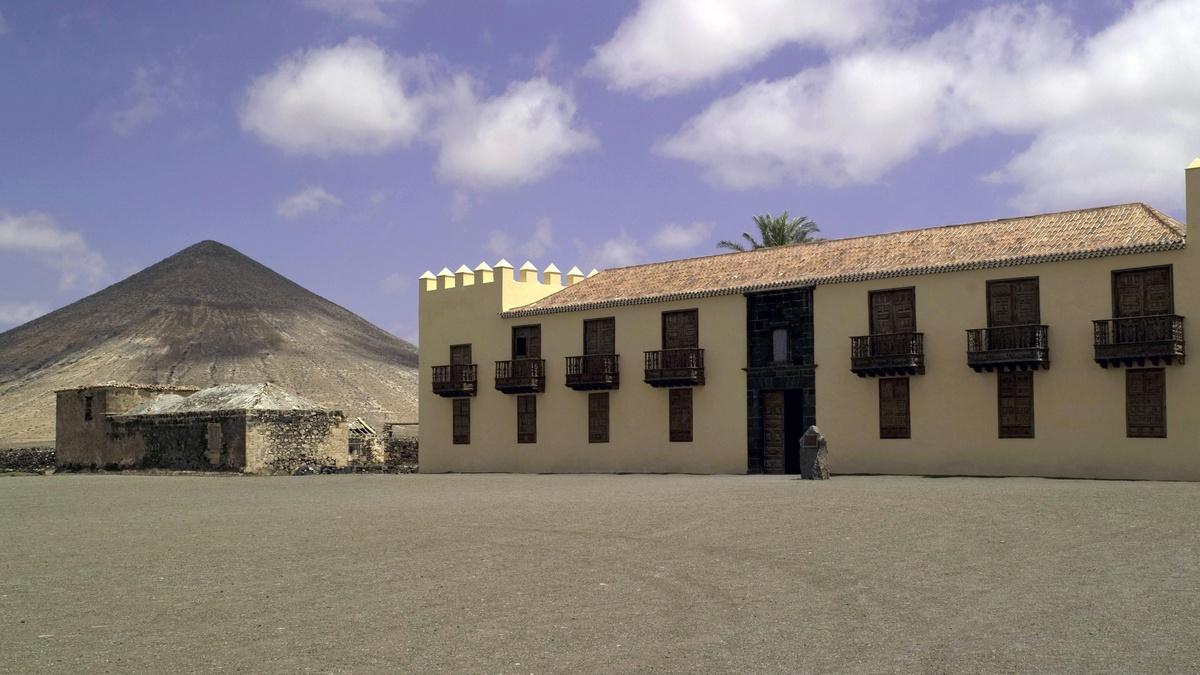 Monumentos Hotel La Oliva