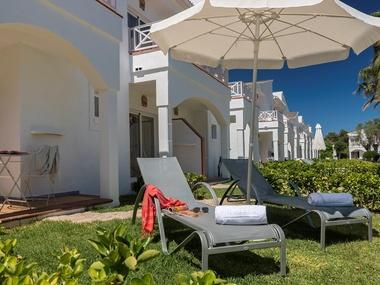 Premiumdoppelzimmer Superior Garden Holiday Village Hotel