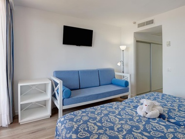 Connecting double room | HYB Eurocalas
