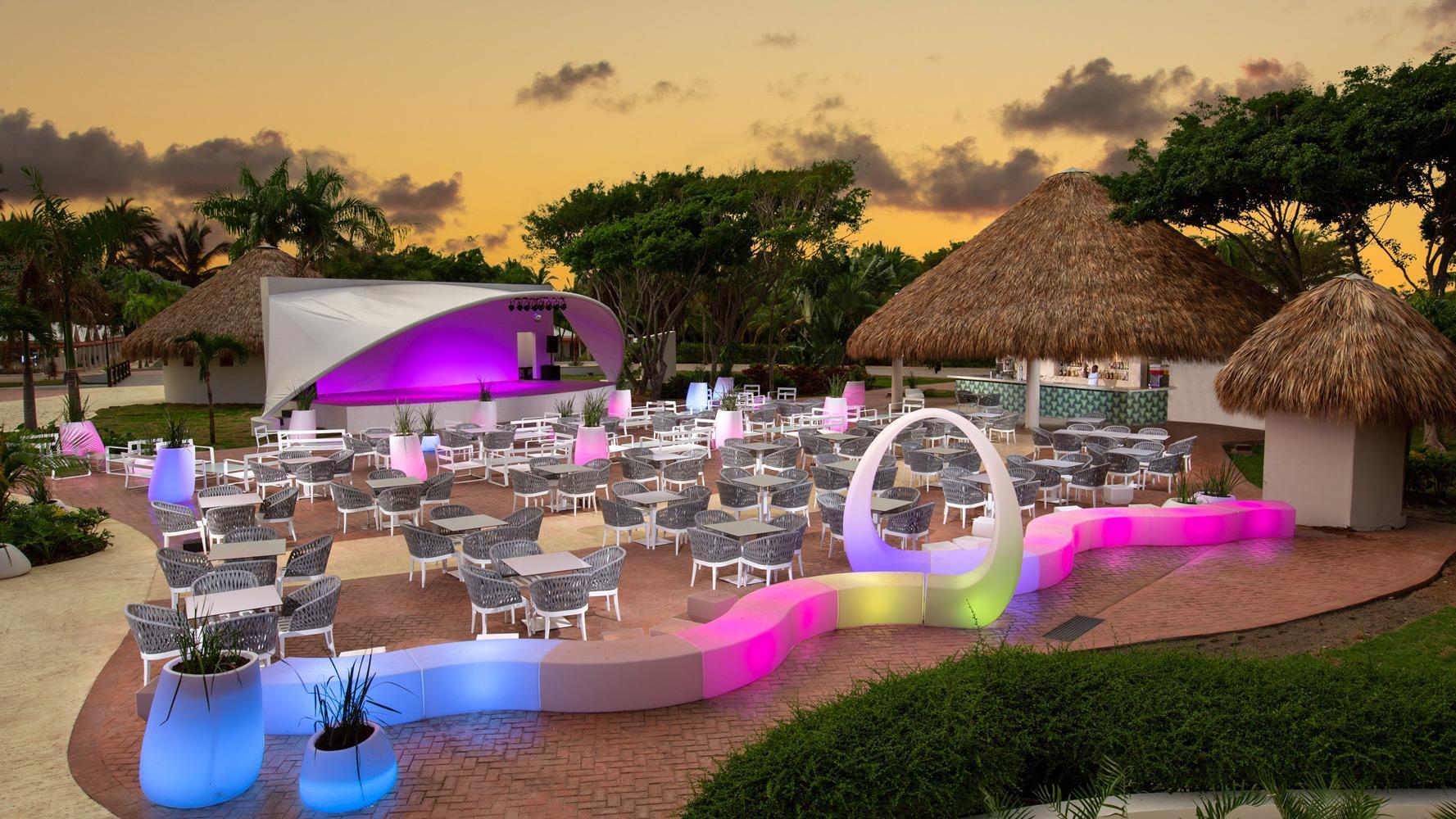 Punta Cana Hotels >> Grand Sirenis Punta Cana Resort